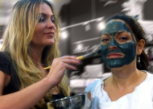Congrats to Leslie, winner of Dr. Aurore's organic facial