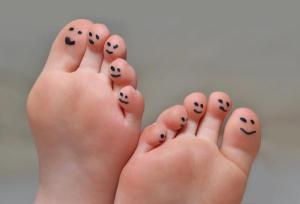 Many people suffer from impacted bones and scar tissue in their feet, photo courtesy of https://www.healthtap.com